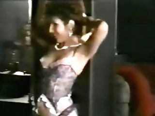 Finest Xxx, Cougars Hook-up Clip