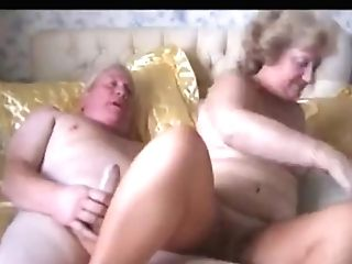 Older Pair Fuck