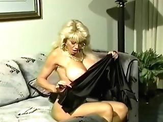 Beverlee Hills - Largest Sexiest Funbags In The Usa Contest
