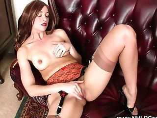 Brown-haired Strips Off Antique Undergarments Wanks In Nylons Mules