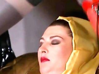 Die Gummifotze Felicia Die Verpisste Sau