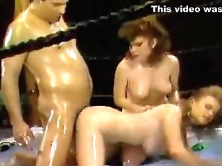 Crazy Unexperienced Cougars, Cuni Adult Scene